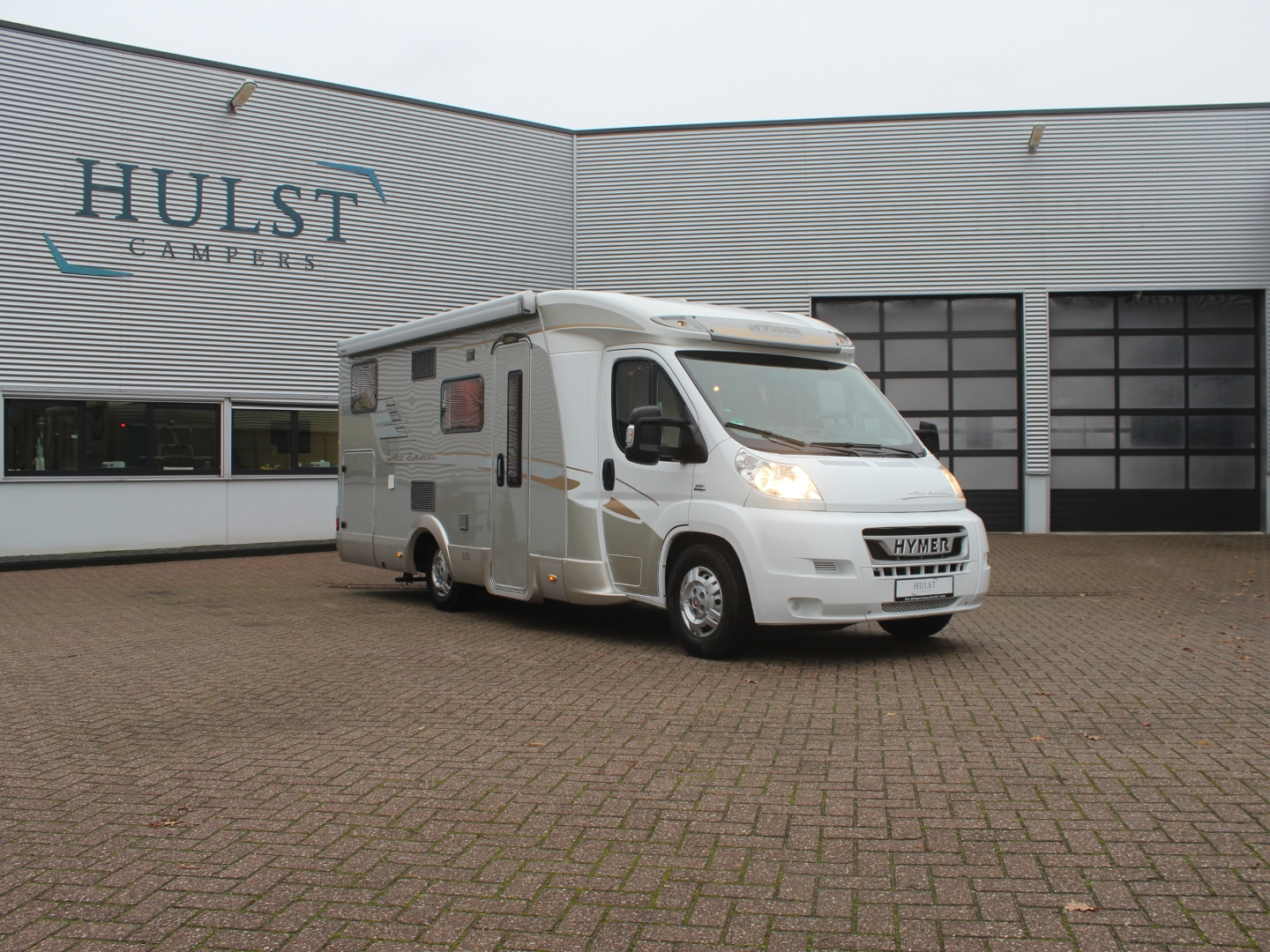 Hymer T 674 SL Star Edition